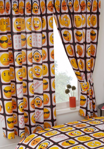 SMILEY EMOTICONS EMOJI ICONS KIDS ADULT PAIR OF CURTAINS 66X72'' BLACK